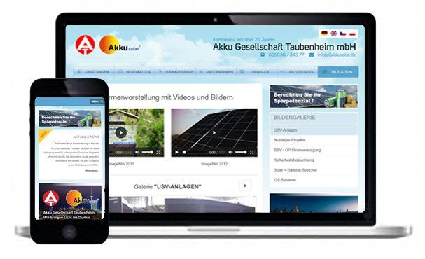 Tabletansicht und Handyansicht der Webseite on Akkusolar